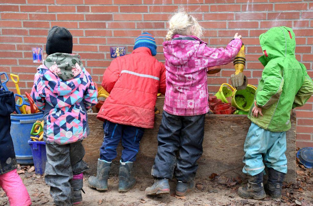 Kitakinder brauchen eine gute Betreuung. Foto: dpa/Carsten Rehder