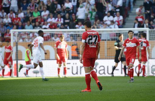 Augsburg zerlegt den desaströsen VfB