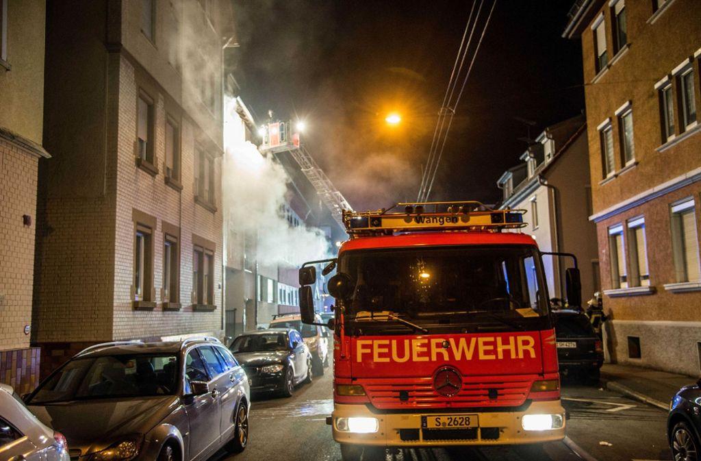 Am Donnerstagmorgen ist es in Stuttgart-Wangen zu einem Wohnungsbrand gekommen. Foto: SDMG