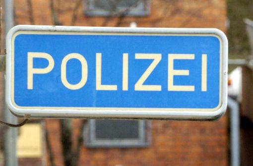 Mit Urin und Spucke - Nach Faschingsparty bei Polizei randaliert