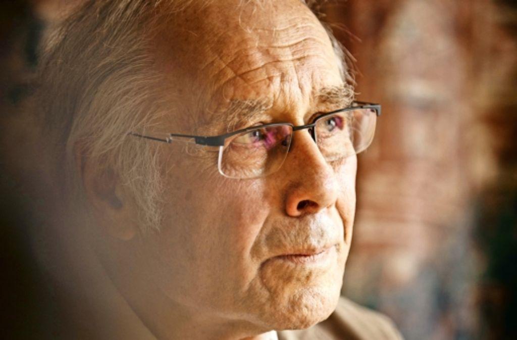 Werner Veit ist das Wagnis eingegangen, in Mundart zu schreiben. Foto: Gottfried Stoppel