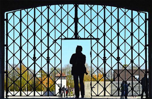 Jugendliche sind von KZ-Gedenkstätte beeindruckt