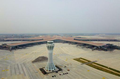 Neuer Mega-Flughafen eröffnet in Peking
