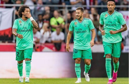 Verrückte Welt: Real Madrid spielt in Grün!