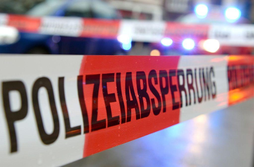Die Polizei sperrte am Mittwoch den Berliner Platz, es kam zu Verkehrsbehinderungen. Foto: dpa/Symbolbild