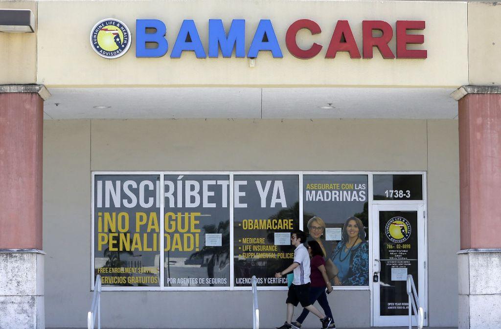 """US-Präsident Donald Trump ist mit seinem Ziel, die Krankenversicherung """"Obamacare"""" abzuschaffen, endgültig gescheitert. Foto: AP"""
