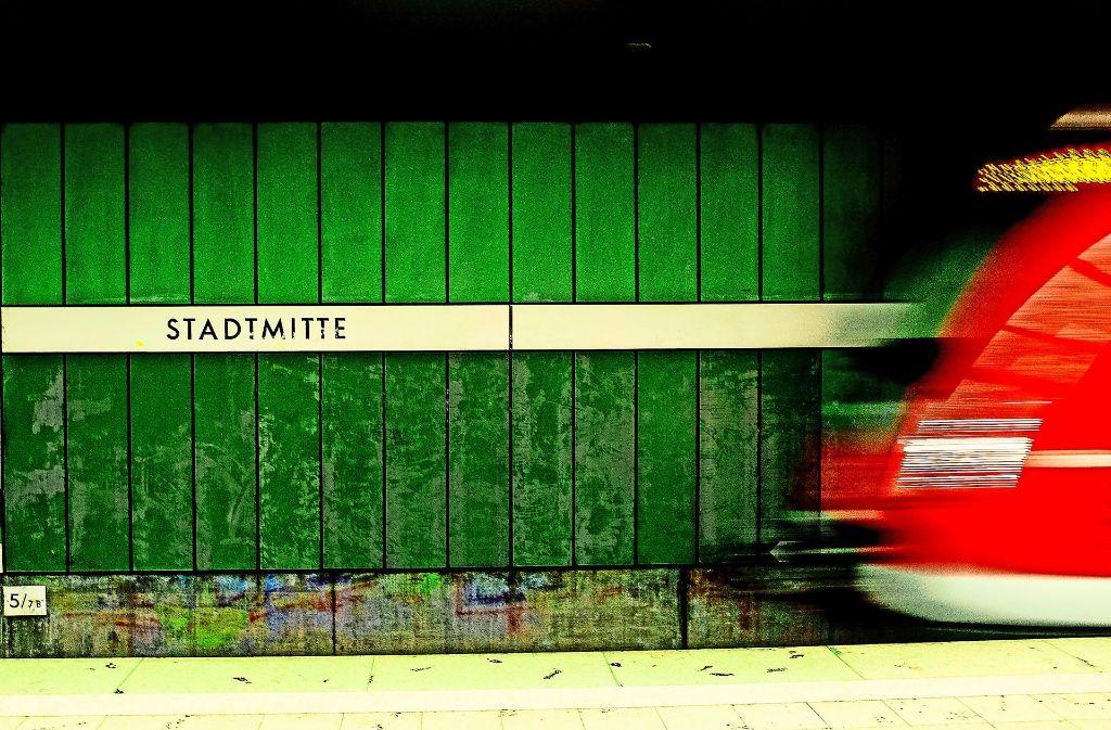 Im regionalen Bahnverkehr in Stuttgart kommt es vorraussichtlich noch bis Freitag auf Grund einer Weichenstörung zu Einschränkungen. Foto: Lichtgut/Leif Piechowski