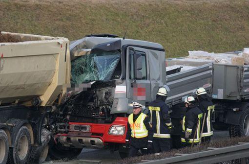 Schwerer Unfall führt zu Stau im Berufsverkehr
