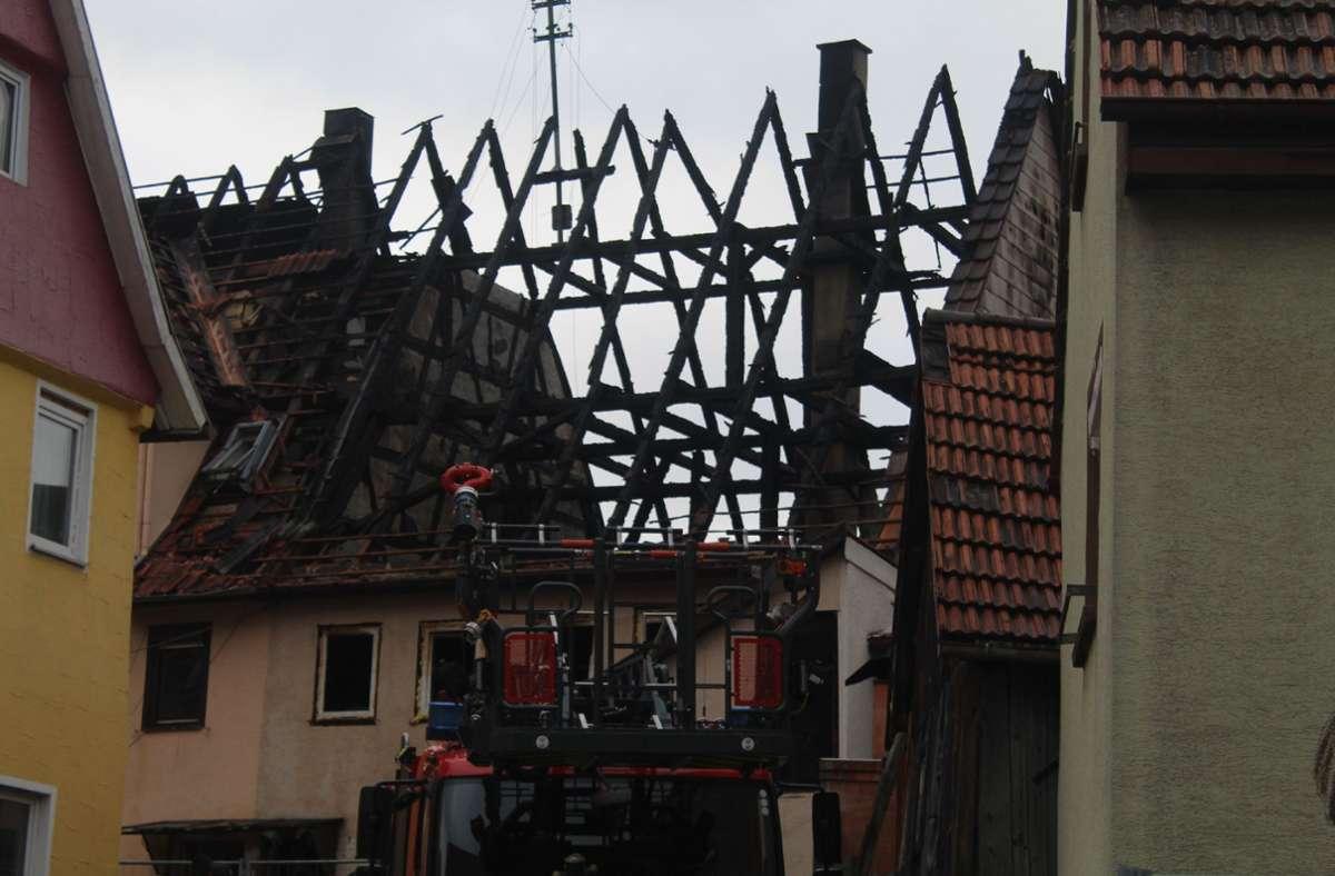 Beim Brand einer Doppelhaushälfte inWildberg ist ein Schaden von ungefähr 200 000 Euro entstanden. Foto: SDMG/SDMG / Schulz