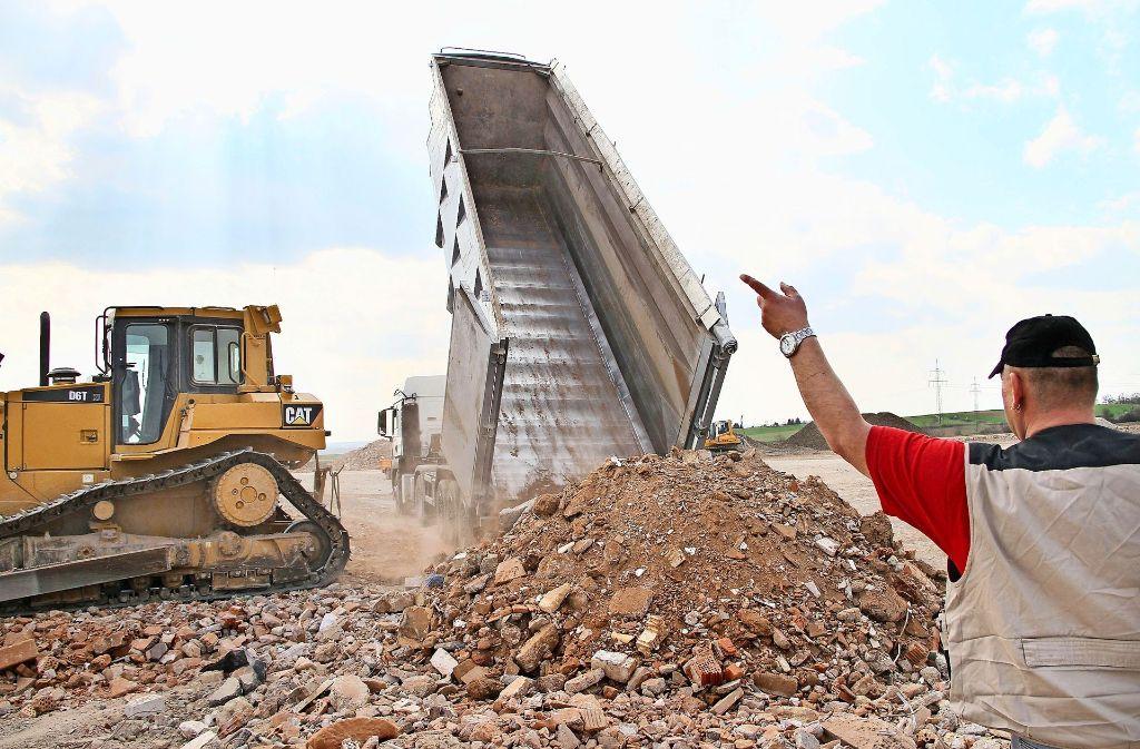 Eine Deponie für Erdaushub und Bauschutt ist nicht gerade beliebt. Foto: factum/Archiv
