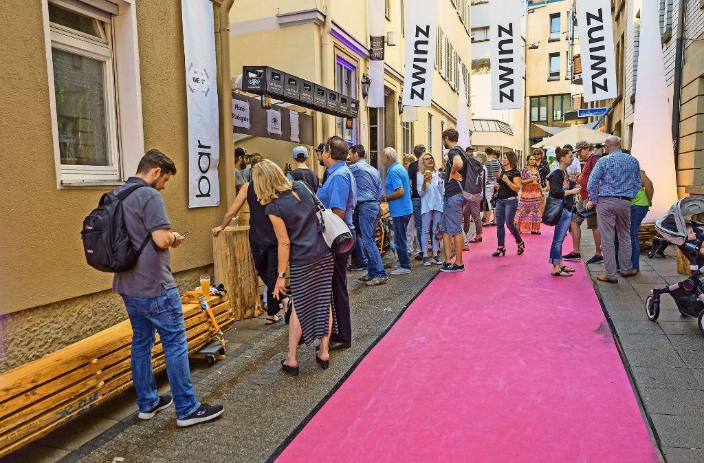 Den Besuchern im Bohnenviertel wurde der Rote Teppich ausgerollt . Foto: Lichtgut/Julian Rettig