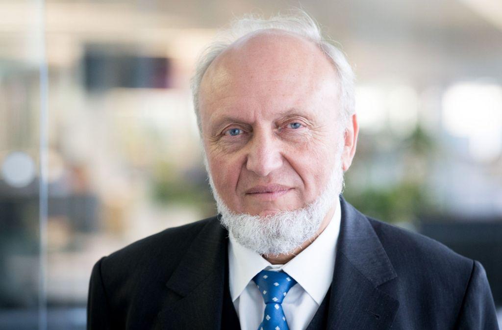 """Hans-Werner Sinn, der ehemalige Chef des Münchner Ifo-Instituts für Wirtschaftsforschung, rät der Bundesregierung die Politik des """"leichten Geldes"""" zu beenden. Foto: dpa"""