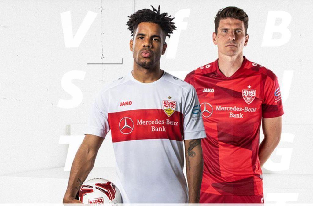 Daniel Didavi trägt das neue Heimtrikot (links), Mario Gomez das Trikot für die Auswärtsspiele. Foto: Twitter/VfB Stuttgart