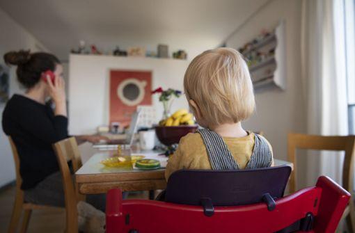 Eltern bekommen monatlich bis zu 2000 Euro