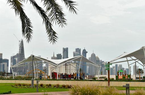 Katar führt Maskenpflicht ein und droht mit exorbitanten Strafen