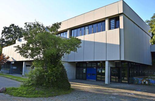 Wunsch nach Neubau der   Tiefenbachhalle