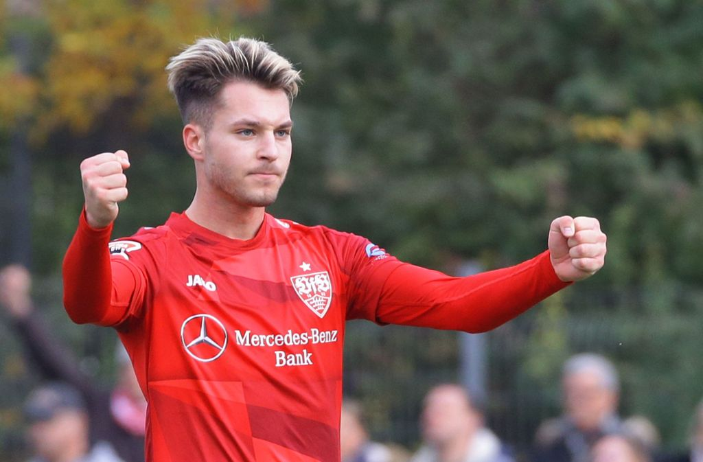 Jubelt über eines seiner drei Tore in Freiberg: VfB-II-Mittelfeldspieler David Tomic. Foto: Baumann