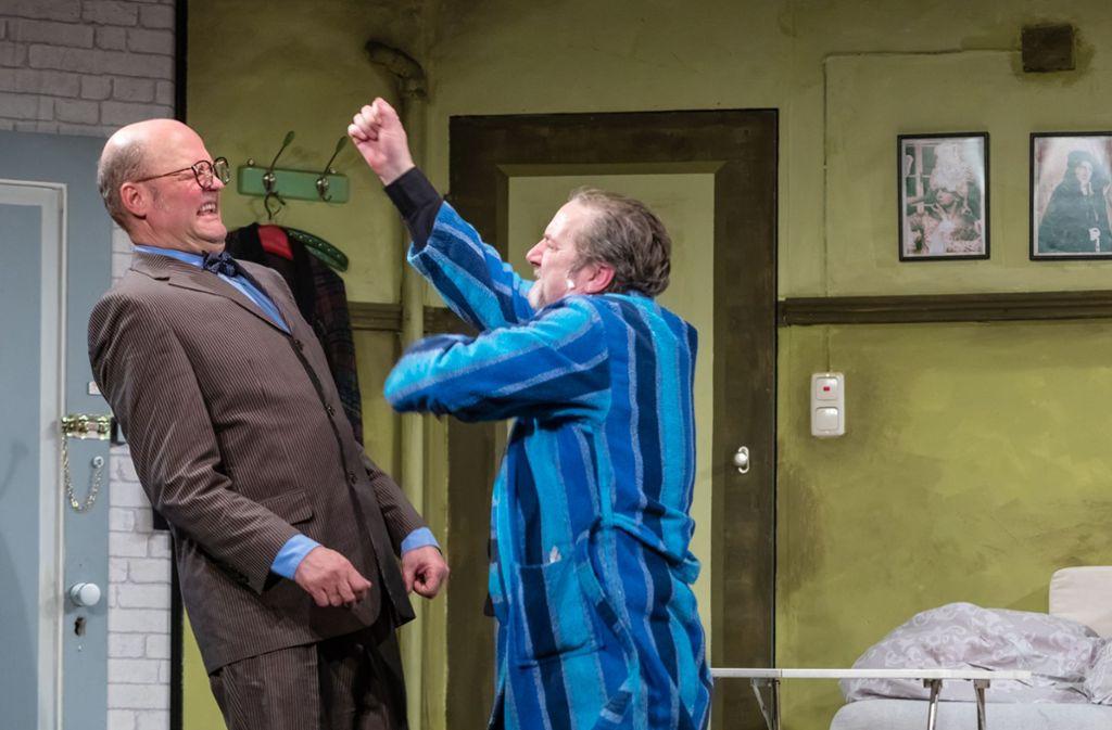 "Szene aus ""Sonny Boys"" auf dem Theaterschiff Foto: Kalle Kalmbach"