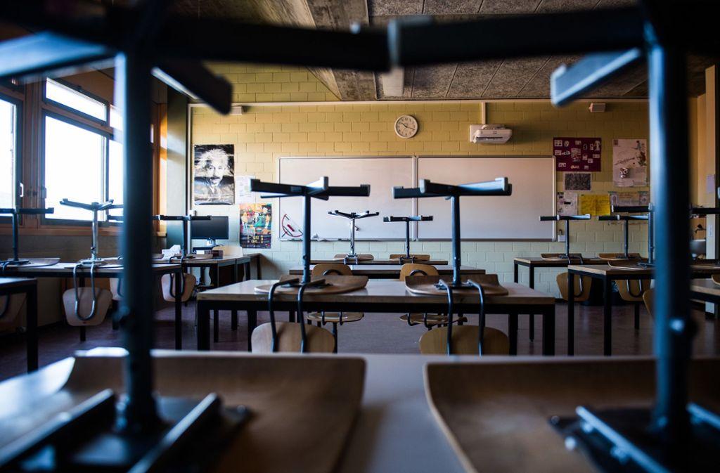 Die Schulen bleiben wegen der Corona-Krise geschlossen. Foto: dpa/Alessandro Crinari