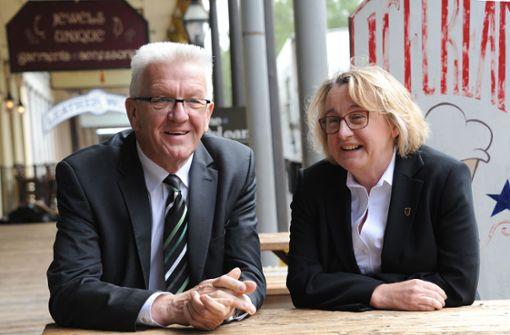 Kretschmann gibt Ministerin Bauer Rückendeckung