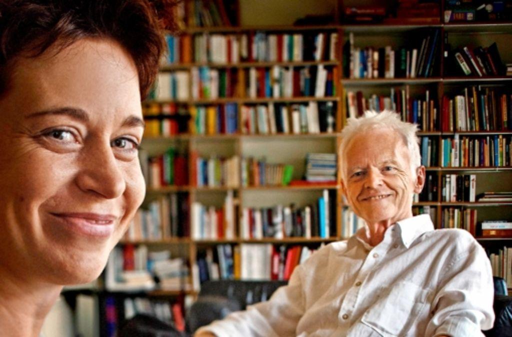 Antje und Werner Holzwarth in ihrem Haus Foto: Gottfried Stoppel
