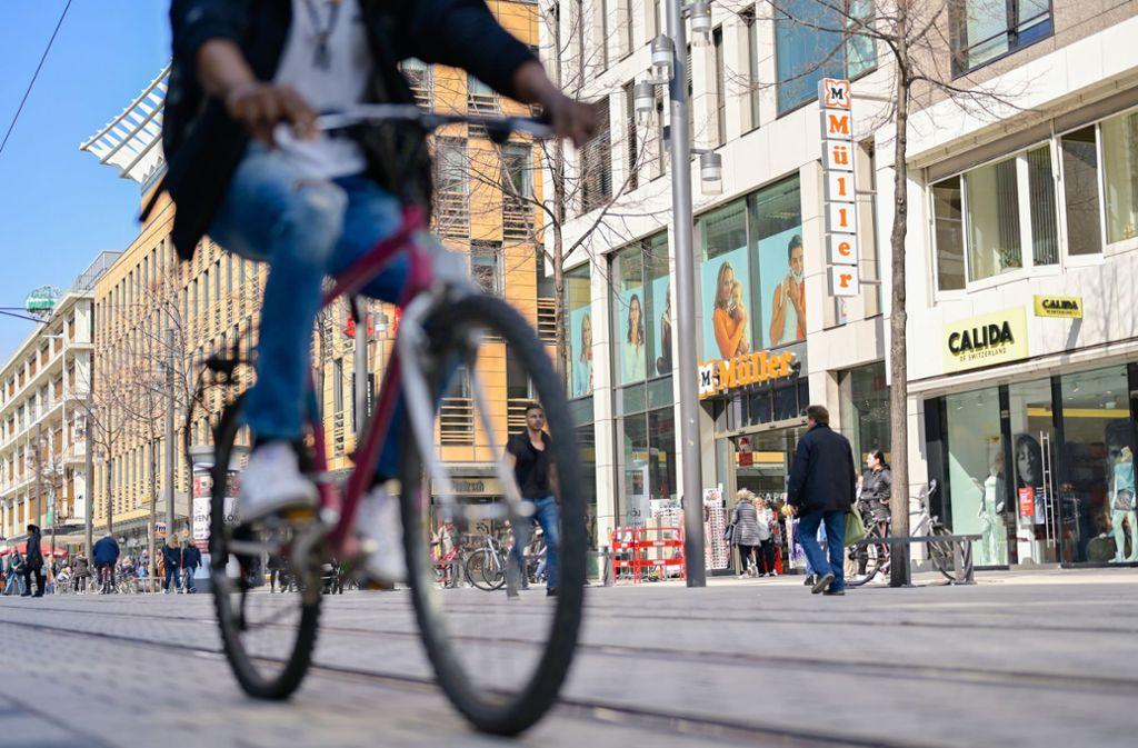 Die Shopping-Meile in Mannheim wurde aufwendig saniert – und soll mit einem neuen Bußgeldkatalog möglichst lange erhalten bleiben. Foto: dpa