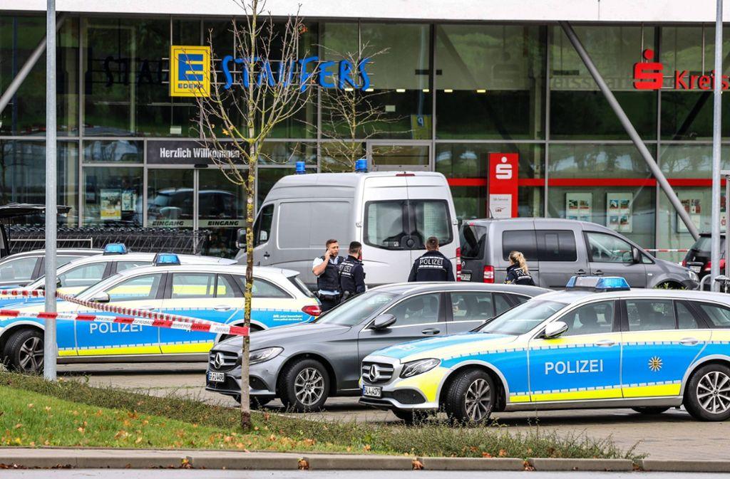 Die Polizei ist den ganzen Tag am Tatort im Einsatz gewesen. Foto: 7aktuell.de/Christina Zambito
