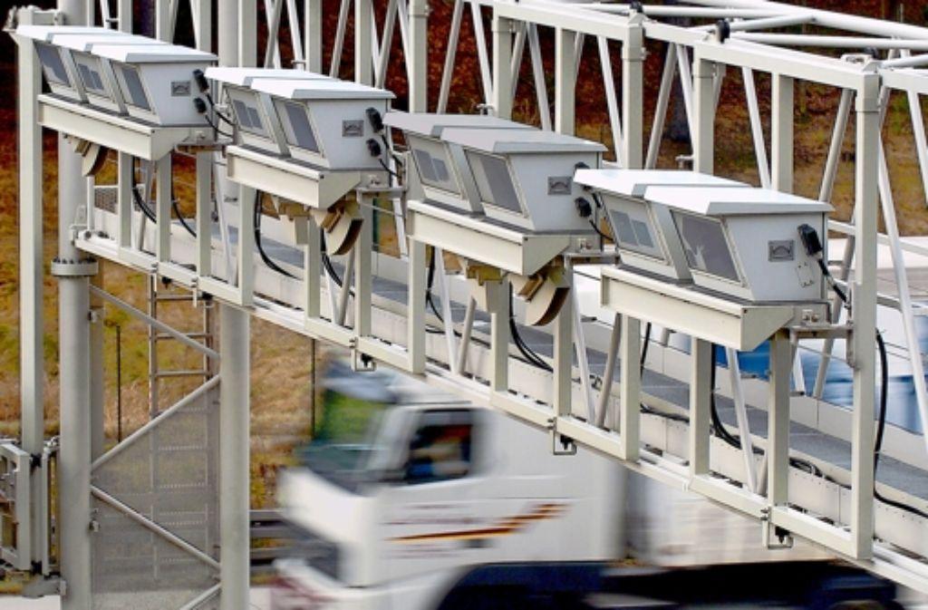 Toll Collect ist mit der Lastwagenmaut weitgehend ausgelastet. Foto: dpa