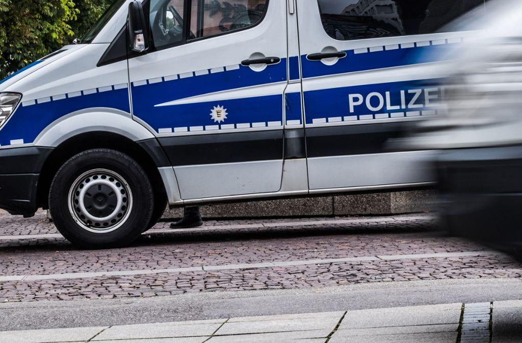 Die Polizei warnt vor Trickdieben, die sich zurzeit in der Stadt als Handwerker ausgeben. Foto: Lg/Kovalenko (Symbolbild)