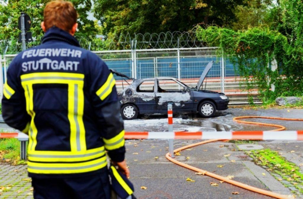 Der Sprayer bezieht sich auf diesen Fall: Ein 21-jähriger Mann verbrennt im Auto auf dem Cannstatter Wasen. Foto: 7aktuell.de/Eyb