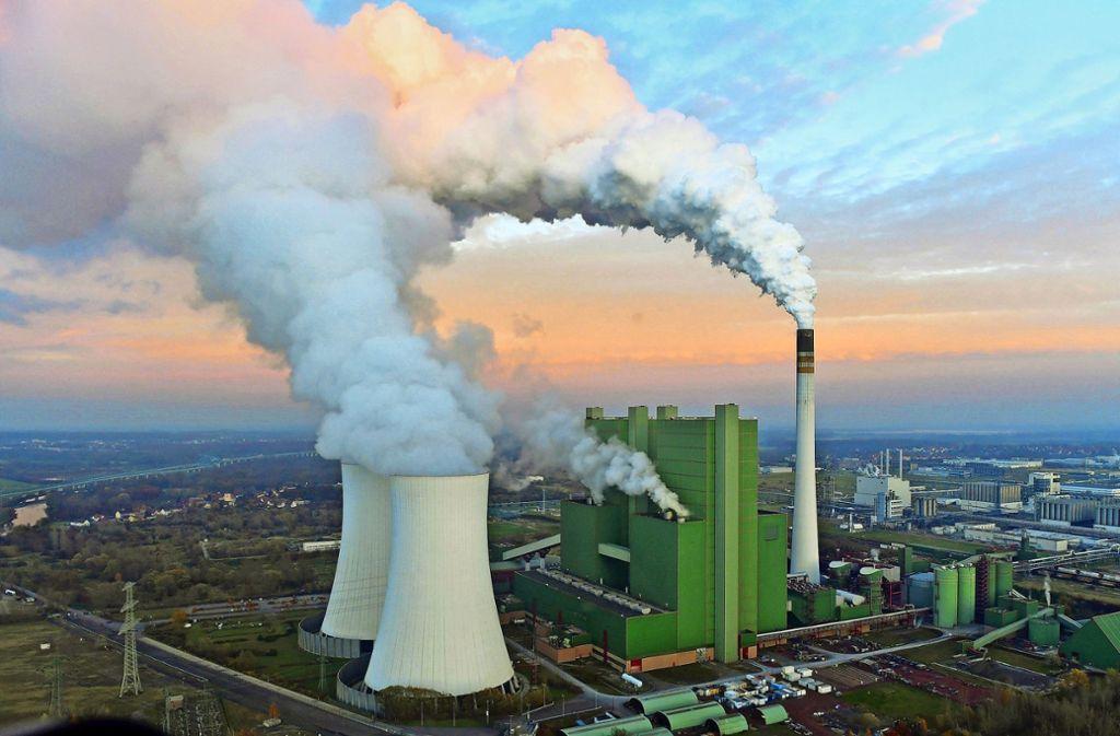 Das Kohlekraftwerk Schkopau in Sachsen-Anhalt Foto: dpa/Martin Schutt