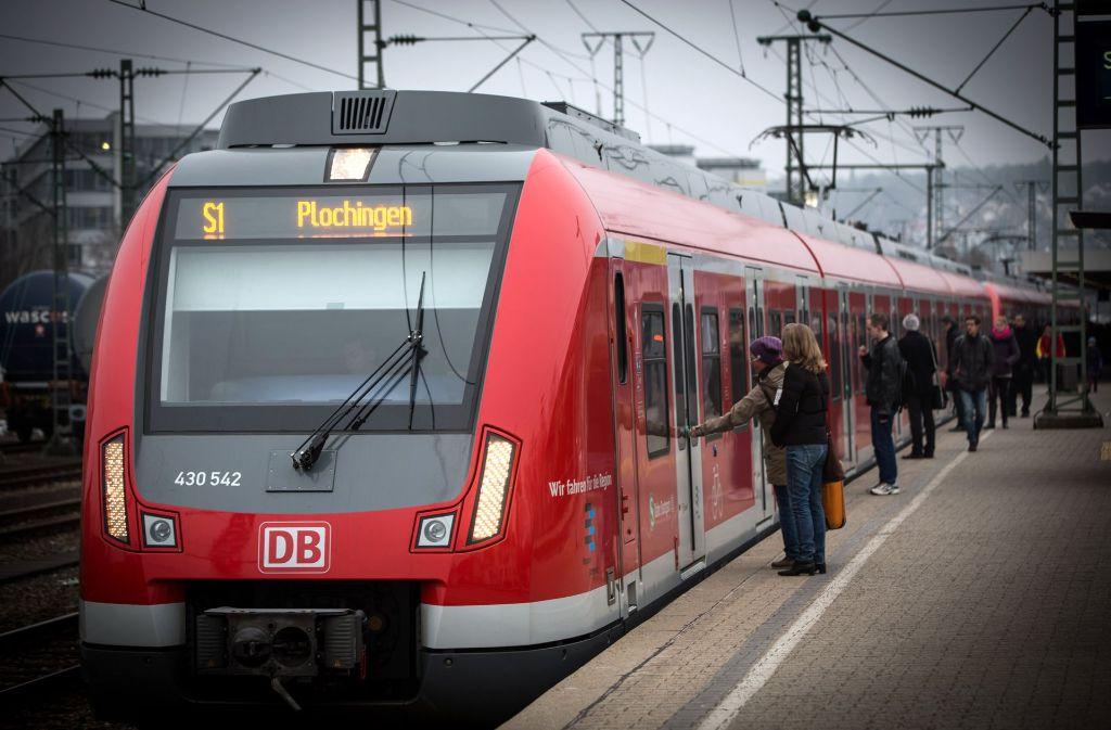 Der Bahnhof in Vaihingen ist eine ideale Verknüpfungsstelle. Doch seit den 1980er-Jahren halten dort keine Regionalzüge mehr. Foto: Lichtgut/Achim Zweygarth