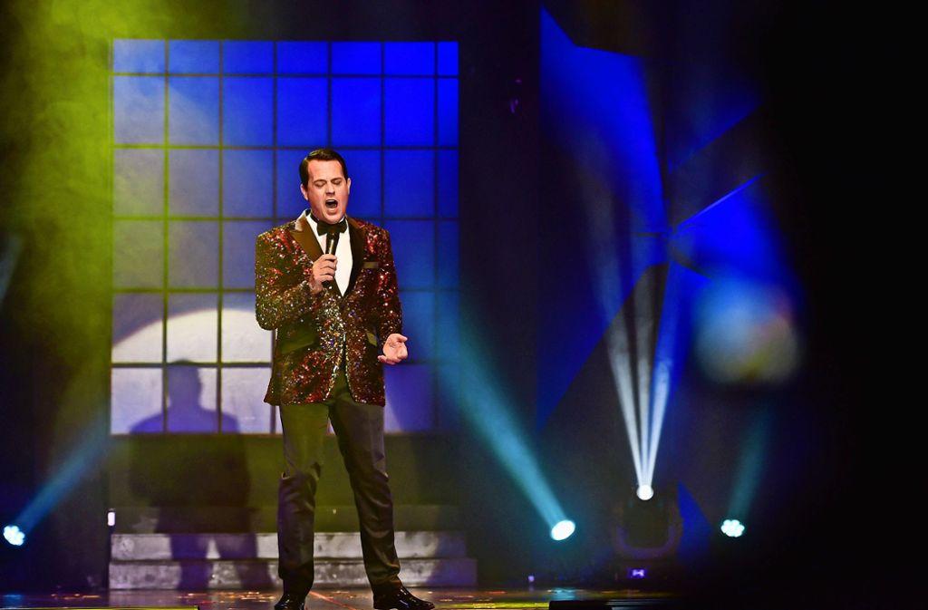 Viva Las Vegas! Glamour mit dem Entertainer Gregor Glanz im Glitzerjackett Foto: Lichtgut