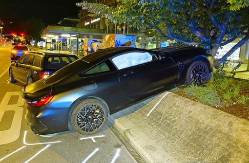 Wieder heftiger Unfall mit Luxus-Sportwagen