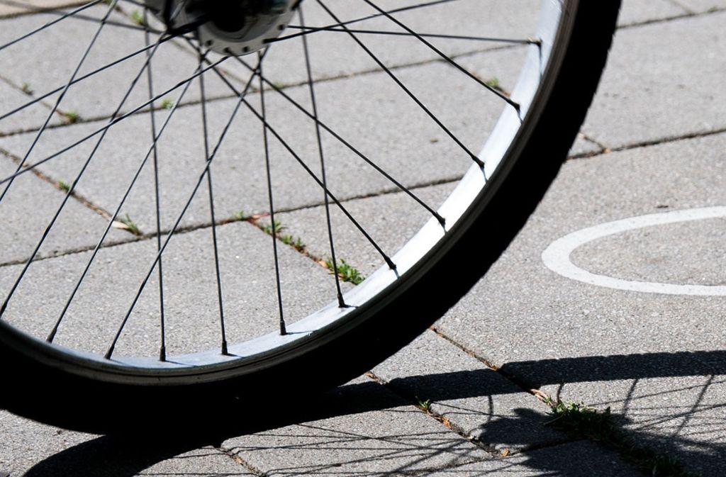 Der 30-Jährige hatte zu viel Alkohol getrunken und verlor die Kontrolle über sein Fahrrad. Foto: dpa