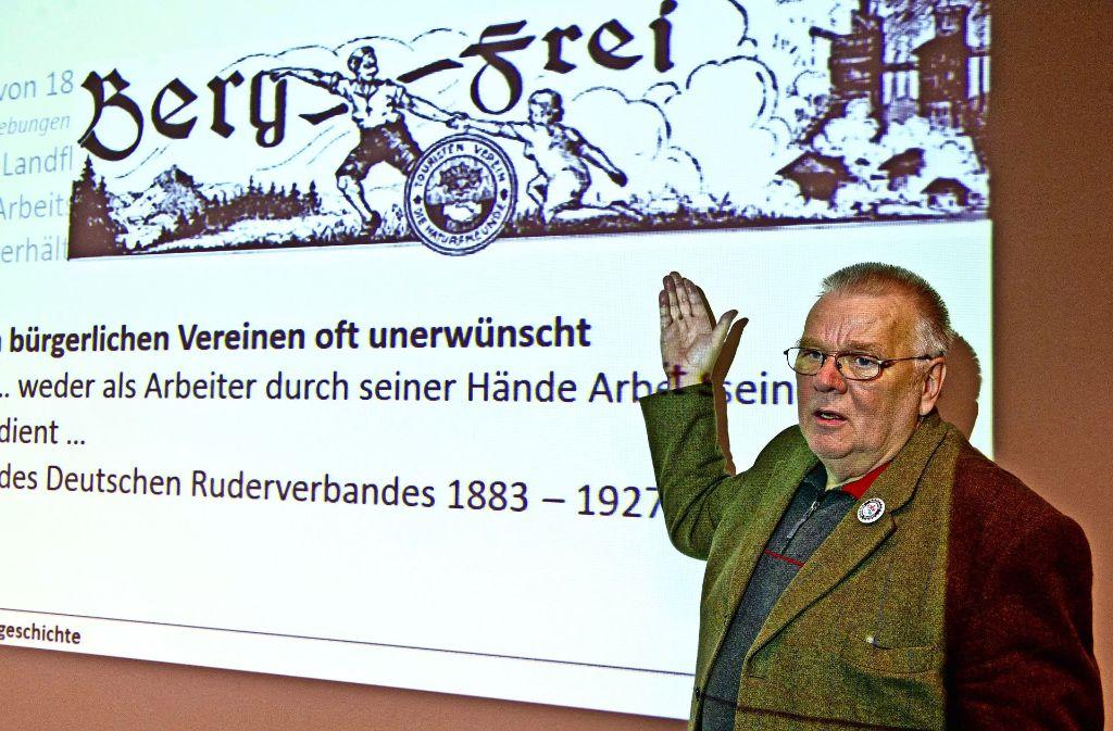 Peter Pipiorke berichtet aus der Stuttgarter Waldheimgeschichte. Foto: Lichtgut/Hoschek