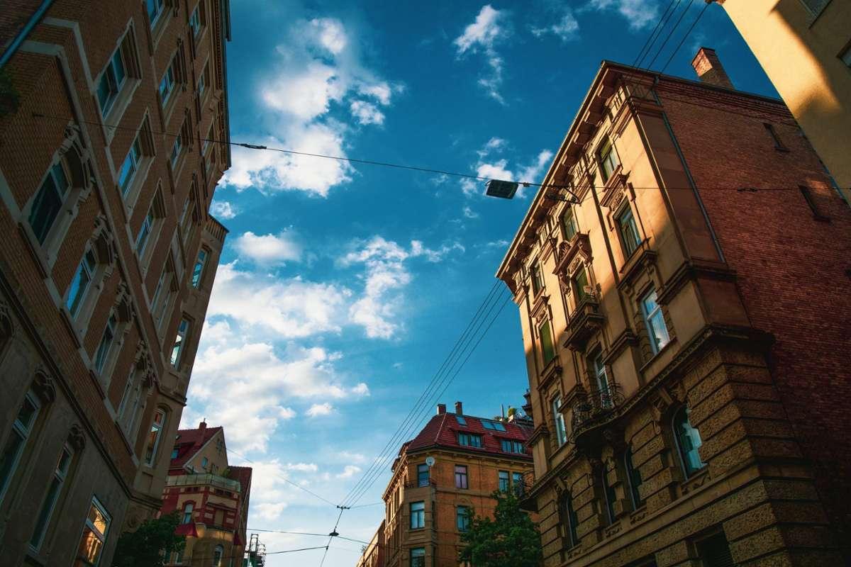 Wir zeigen euch die schönsten Häuserfassaden im Kessel, die man gerne mal übersieht. Foto: Unsplash/Christian Lue