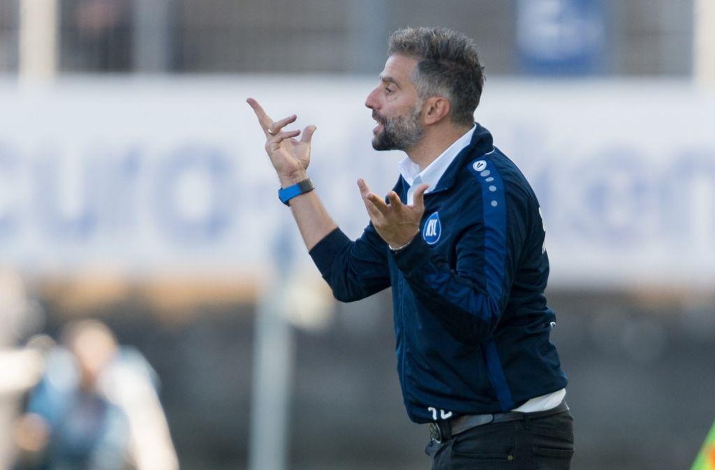 Trainer Tomas Oral will sich von Hass und Gewalt distanzieren. Foto: dpa