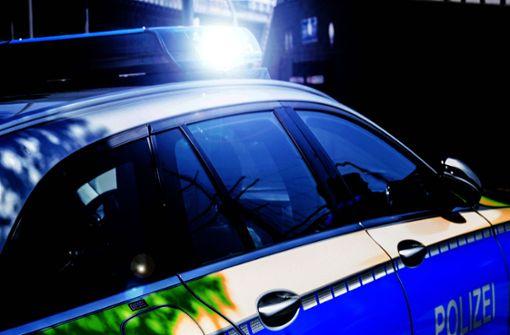 Unfall bei Anschlussstelle Stuttgart-Degerloch – Polizei sucht Zeugen