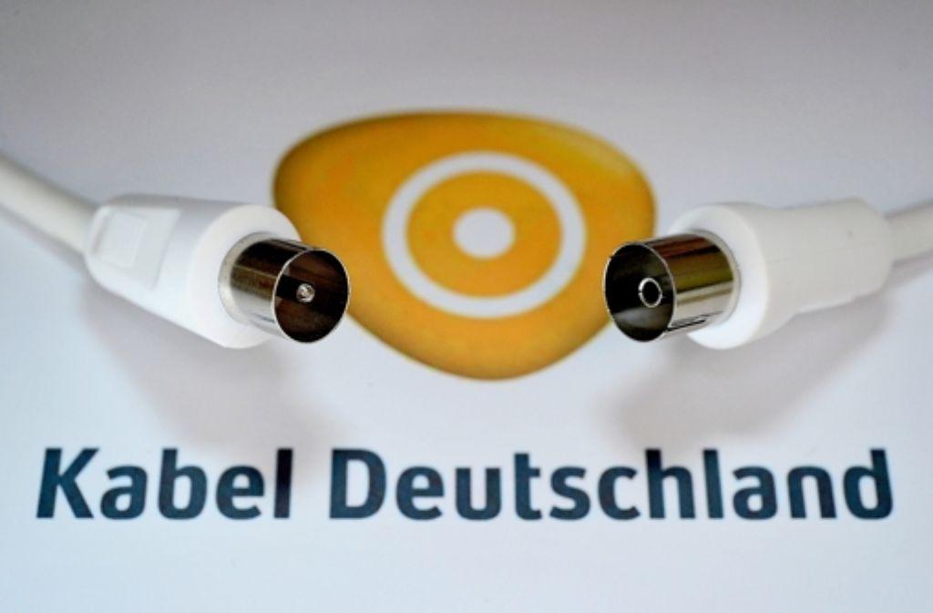 Der britische Telekommunikationsanbieter Vodafone greift nach Kabel Deutschland. Foto: dpa