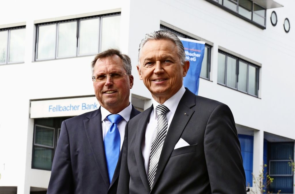 Ingolf Epple (rechts) und Peter Hermanutz gestalten die Zukunft der Bank. Foto: Patricia Sigerist