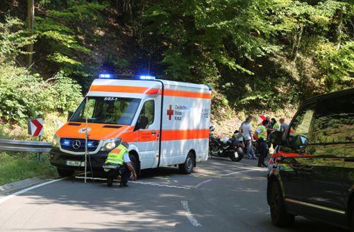 16-jähriger Motorradfahrer kracht gegen Rettungswagen