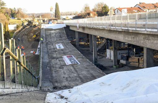 4000 Tonnen Beton in freiem Fall