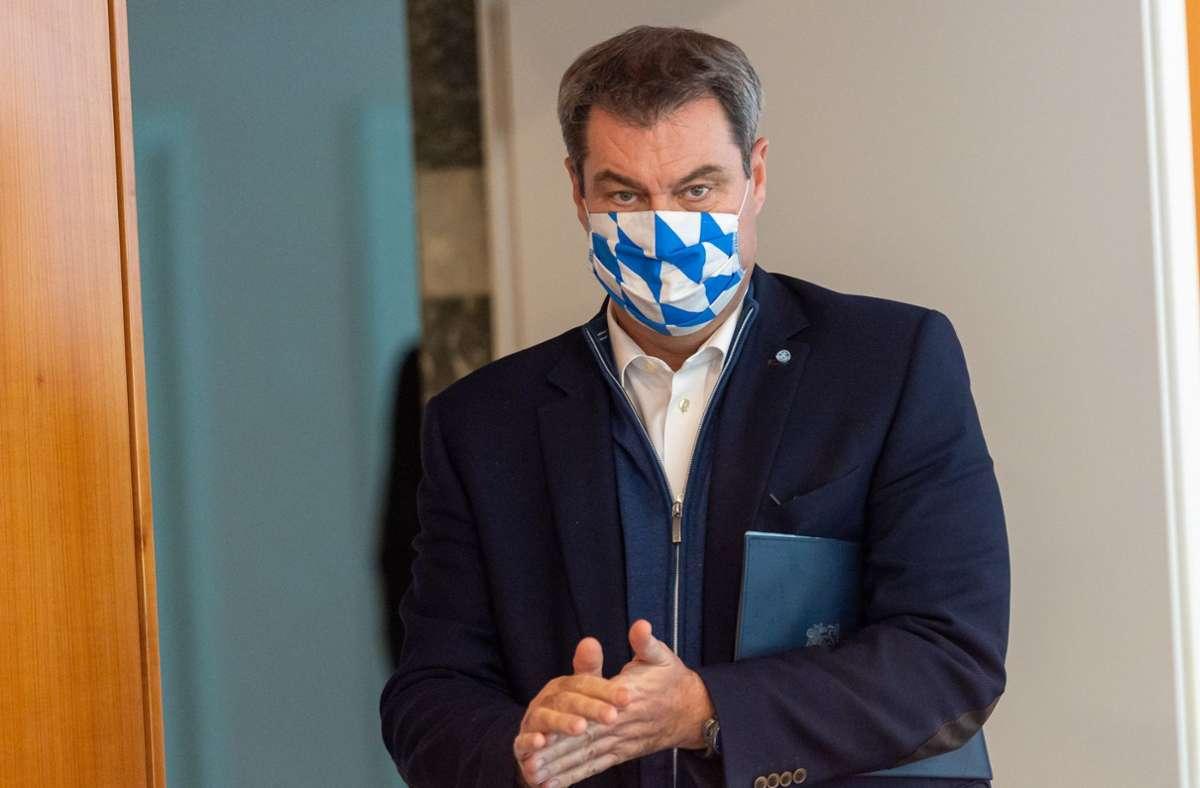 """Bayern erwägt bald wieder die Ausrufung des Katastrophenfalls. Dies könne notwendig werden, um auf die """"dramatische Entwicklung"""" besser reagieren zu können, sagte Markus Söder. (Archivbild) Foto: dpa/Peter Kneffel"""