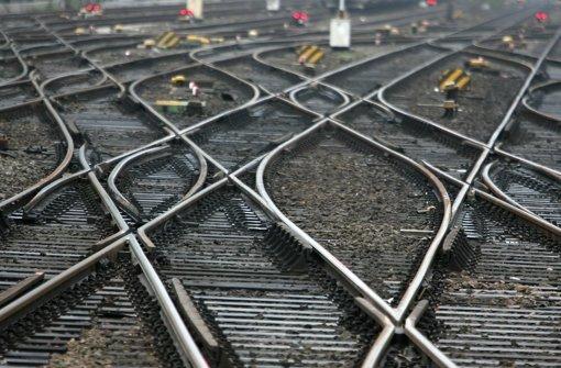 Sperrung wegen Kindern auf Gleisen