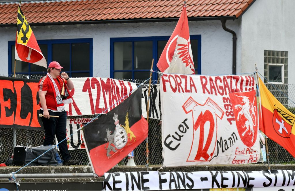 Wünscht sich zurück ins Stadion: Nico Schoch – Ultra der TSG Backnang. Foto: dpa/Jan-Philipp Strobel