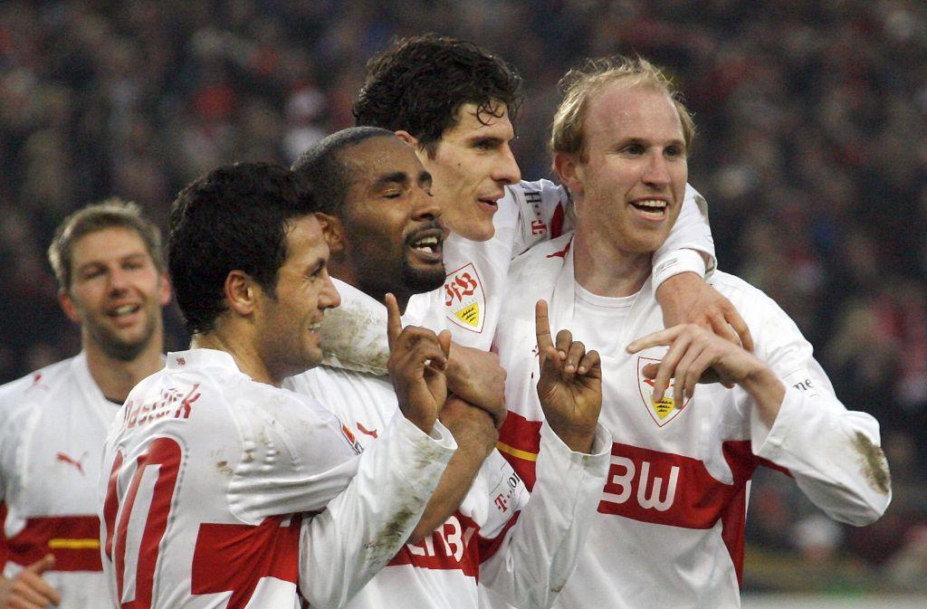 Für Cacau, Mario Gomez und Co. gab es mit dem VfB Stuttgart gegen Werder Bremen oftmals Grund zur Freude. Foto: dpa