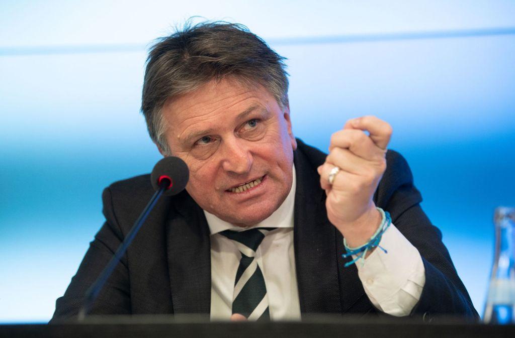 Der Sozialminister Manfred Lucha (Grüne) rät Südtirol-Heimkehrern, zu Hause zu bleiben. Foto: dpa/Marijan Murat