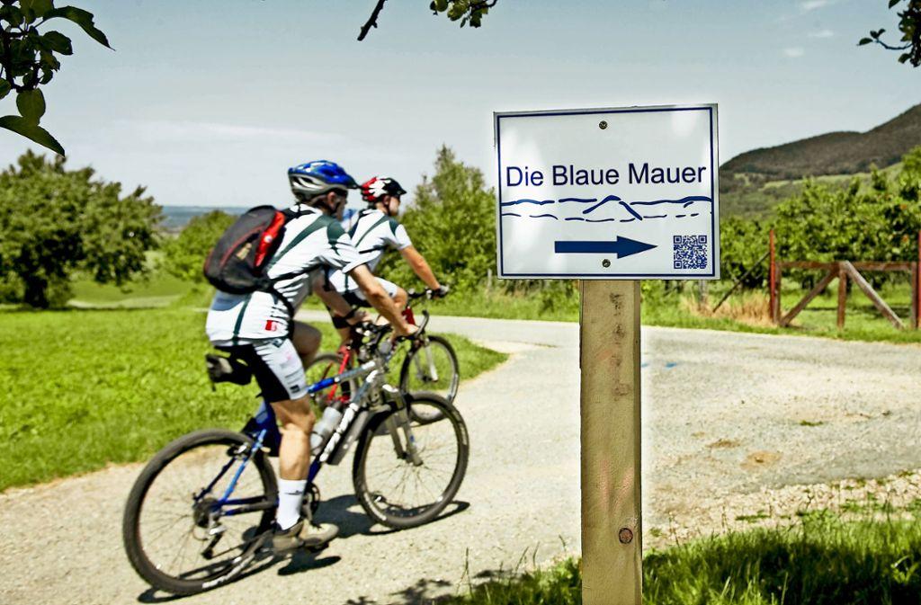 """Bei Touren am Albtrauf ist die """"Blaue Mauer"""" allgegenwärtig.Foto: Horst Rudel/Archiv Foto:"""