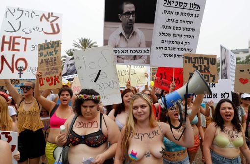 Tausende demonstrieren gegen sexuelle Gewalt